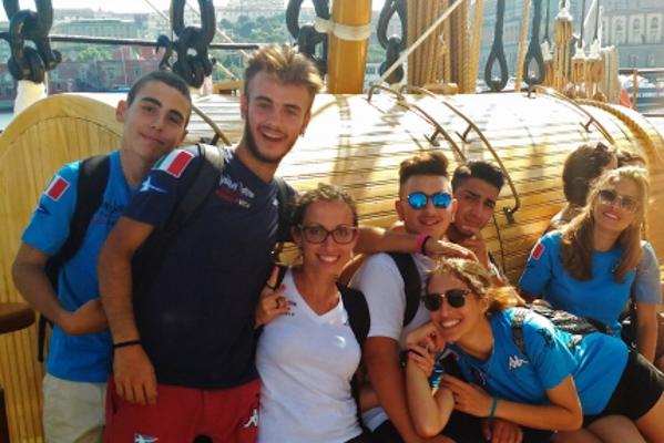 The Mascalzone Latino Sailing School visits the Vespucci